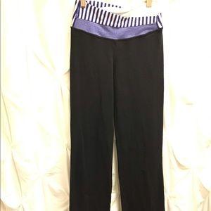Lululemon Groove workout yoga pants size 2